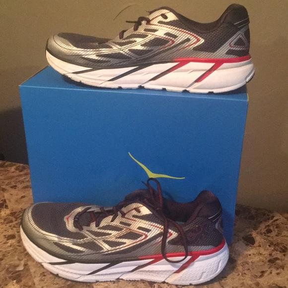 Hoka One One Shoes   Clifton 3 Black